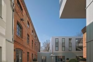 Die Bauaufgabe war die Neuordnung und Sanierung eines innerstädtischen Gewerbehofs in Berlin-Mitte