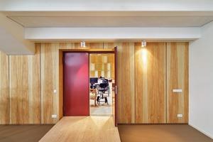 Die Saaltüren sind Spezialtüren für Schall- und Brandschutz