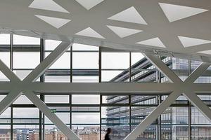 Es handelt sich um eine hinterlüftete, zweischalige Fassadenkonstruktion<br />