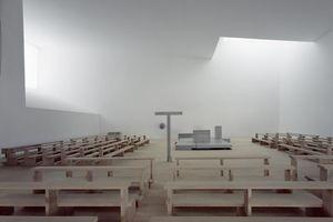 Kategorie: öffentliche Bereiche, Innenraum Projekt: Kunst- und Tageslichtplanung Kirchenraum im Pfarrzentrum München-Neuried Luna.Lichtarchitektur, Matthias Friedrich (Foto: Michael Heinrich)