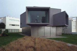 """""""Kino Haus"""" für Manoel de Oliveira, Oporto, Portugal (2003)"""