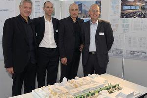 Gewinnerteam (v. l. n. r.: Prof. Rainer Schmidt, Landschaftsarchitekt, Markus Hennig, Moritz Auer, Stephan Suxdorf, alle Auer+Weber+Assoziierte