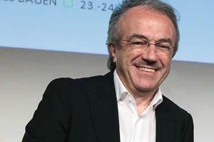 Prof. Dr.-Ing. Dr.-Ing. E.h. Werner Sobek, Universität Stuttgart neuer und alter Präsident DGNB<br />