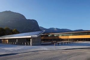 Klare Architektursprache als Kontrast zur Gebirgskette: das neue Finanzamt in Garmisch-Partenkirchen