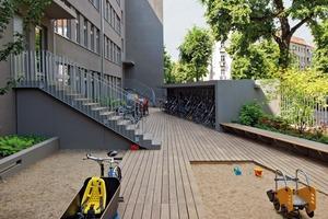 Das Mehrfamilienhaus der Baugruppe umfasst 24 Wohneinheiten mit 115m², die in ein stringentes System integriert sind