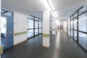 Büro- und Flurbereich
