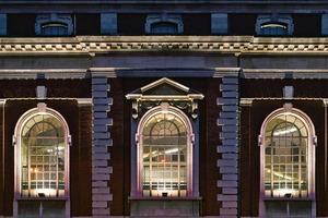 Das ehemalige Bankgebäude wurde 1929 erbaut und steht unter Denkmalschutz<br />