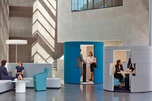 """<div class=""""5.6 Bildunterschrift"""">Heute nutzen Solution Worker nicht mehr nur den eigenen Schreibtisch, sondern die gesamte Büroinfrastruktur und machen den Raum zum Dialogfeld</div>"""