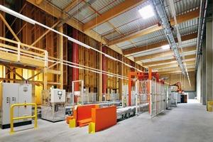 Der Vorraum des Hochregallagers ist nach EnEV 2009 geplant, da hier Arbeitsplätze vorgesehen sind. Es gibt keinen Temperaturverlust durch die Vorzone
