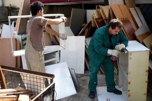 Handarbeit, die sich lohnt: Wiedereinsatz ausgebauter Teile/Materialien