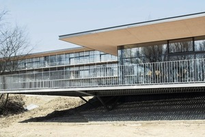 Terrassenopulenz und Draußenbezug: In dieser Schule lässt es sich aushalten<br />