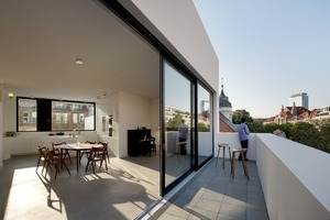 Wohnung Vorderhaus 4.OG. mit großer Terrasse