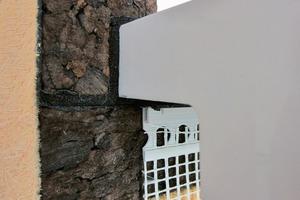 Abb. 3b: Montage der Fensterbank