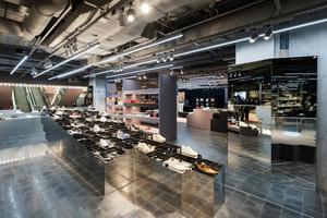 """Als Kreativpartner für """"The Storey"""" im Oberpollinger München hat das Büro Gonzalez Haase AAS eine urbane Atmosphäre kreiert. Charakteristisch ist die rau, teils offen gehaltene Deckengestaltung"""