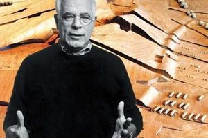 """Peter Eisenman<br />1932 geboren in New Yersey<br />1955 Studium der Architektur an der Cornell University ·1960 an der Columbia University ( Master of Architecture Degree)  1962 an der Universität von Cambridge in England (Master un Ph.D.), Auszeichnung: Ehrendoktor der Schönen Künste von der Universität Illinois, Chicago<br /> 1960 – Aufnahme seiner beruflichen Tätigkeit  1963/67 - Arbeitet mit Michael Graves am Projekt für die vom Moma in Auftrag gegebene Manhattan Waterfront zusammen  1969/72 - Lehrt an der Cooper Union von New York und an der Ohio State University Columbus  1970/80 – Gründung des Institute for Architecture and Urban Studies  1973 – Teilnahme an der XV. Triennale von Mailand  1980 – Eröffnung eines Büros mit Jaquelin Robertson in New York  1982/85 - Lehrstuhl in Harvard und an der Universität Illinois von Chicago.  1984 - Gewinnt den internationalen Wettbewerb von Berlin<br />·1985 - Goldener Löwe auf der Biennale von Venedig für """"Romeo und Julia""""<br /> 1987 – Umbenennung des Büros in Eisenman Architects<br /> 1991 - Repräsentiert die Vereinigten Staaten auf der Biennale von Venedig  1993 - Eliot Noyes Visiting Design Critic an der Harvard University  1994 - Ausstellung an der CCA von Montreal, """"Cities of Artificial Excavation<br />·Derzeit Irwin S. Chanin Distinguished Professor of Architecture an The Cooper Union von New York City. <br /><br />"""