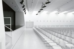 """Prämiert: Schulcampus """"Obstgarten"""", Auditorium und Bibliothek, von Prof. Piet Eckert (e2a Architekten, Zürich)"""