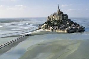 Brücke zum Mont Saint-Michel
