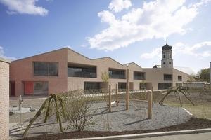 """Anerkennung: Haus """"Josefine Kramer"""", ein Familienzentrum mit Kinderkrippe und Kindergarten in Tettnang in mehrschaliger Bauweise von Bächle Meid Architekten, Konstanz."""