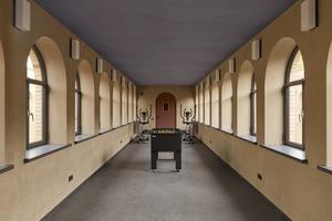 Ein weiterer Raum des Waschhauses bietet die Möglichkeit, an einem Kicker zu spielen oder an Fitnessgeräten die Kondition zu verbessern