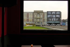 ThyssenKrupp-Repräsentanz vor privatisiertem Staatsratsgebäude: Café im Erdgeschoss, Aussichtsterrasse im 2. OG ... hier eine von den Architekten nicht authorisierte Visualisierung einer von vielen Möglichkeiten ...