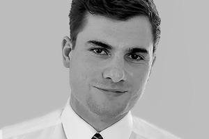 """<div class=""""fliesstext_vita""""><strong>Max Bögl Bauservice GmbH &amp; Co. KG</strong></div><div class=""""fliesstext_vita"""">Maximilian Schütz </div><div class=""""fliesstext_vita""""></div><div class=""""fliesstext_vita"""">studierte Bauingenieurwesen an der TH Nürnberg und Stanford University, CA/US. Seit 2013 ist er Projektleiter in der Unternehmensentwicklung/BIM bei Max Bögl. Er unterrichtet an der FHNW Digitales Bauen. Seine Schwerpunkte sind mobile und cloud-basierte BIM Anwendungen sowie BIM Standards.</div>"""