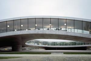 "Abgehoben: Das ""Rolex Learning Center"", Lausanne<br />"