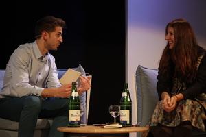 Fermín Tribaldos 2016 in Hamburg im Gespräch mit Benedetta Tagliabue