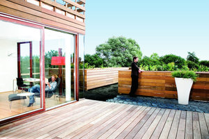 Die privaten Terrassenflächen erweitern den Wohnraum bei gutem Wetter