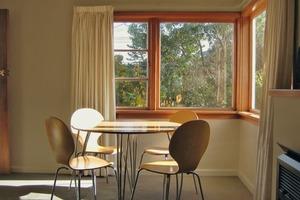 """Tageslicht und Sonnenlicht lassen Architektur nicht nur erleben, sie bereichern uns mit einer besonderen Qualität. Prof. Osterhaus: """"Es ist äußerst wichtig, Tageslicht morgens aufzunehmen""""<br />"""