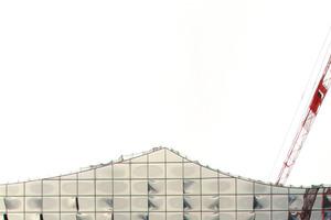 """Diese """"Fassade mit Fernwirkung"""" muss noch warten: Elbphilharmonie, Hamburg<br />rechts: """"Fassadenoskar""""<br />"""