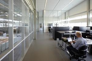Die Büros sind hell und freundlich gradlinig gestaltet<br />