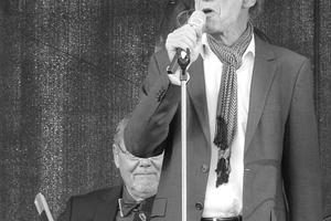 """Dieter Bartetzko (1949-2015, hier 2013 in Frankfurt am Main bei """"Jazz zum Dritten"""")"""