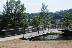 Die Brücke ist aufgrund ihrer geringen Neigung von &lt; 6% sogar barrierefrei<br />