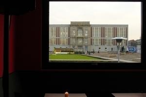 Blick auf den Baubauplatz vom Café der ehemaligen und temporären Kunsthalle aus
