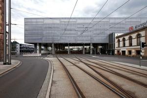 Südansicht, vom Bahnhofsplatz