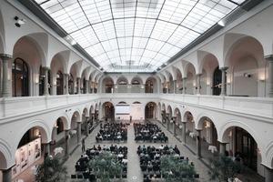 Ort der Preisverleihung: der Lichthof im BMVBS, Berlin (Architekt: Max Dudler)