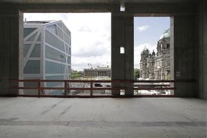 Zurück im Nordflügel: Noch stört die so genannte Humboldt-Box den Blick auf Schinkel und andere Baumeister im Panorama