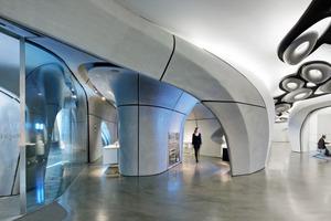 Der Innenraum des Showrooms setzt sich aus 236 Fertigteilen zusammen<br />