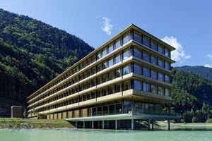 Auszeichnung Illwerke Zentrum Montafon in Voralberg in Österreich  Architekten Hermann Kaufmann ZT GmbH, Schwarzach/Österreich