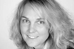 """<div class=""""autor_linie""""></div><div class=""""dachzeile"""">Autorin</div><div class=""""autor_linie""""></div><div class=""""fliesstext_vita"""">Dipl.-Ing. Judith Köhl übernahm nach ihrer Tätigkeit als Wissenschaftliche Mitarbeiterin am </div><div class=""""fliesstext_vita"""">Institut für Bauverfah-rens- und Umwelttechnik (ibu) die Leitung der Anwendungstechnik bei Villeroy &amp; Boch, bevor sie als Leiterin der Anwendungstechnik bei der Gutjahr Innovative Bausysteme GmbH tätig war. Seit 2006 leitet sie die Anwendungstechnik der alwitra GmbH, Trier. </div><div class=""""autor_linie""""></div><div class=""""fliesstext_vita"""">Informationen unter: <a href=""""http://www.alwitra.de"""" target=""""_blank"""">www.alwitra.de</a></div>"""