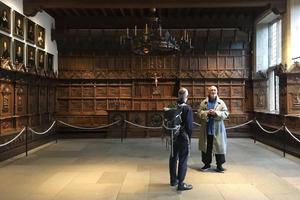 """Im Friedenssaal zu Münster ... leider ohne die Performance von Alexandra Pirici: """"Leaking Territories"""". Der Raum aber beeindruckte als Raum selbst"""