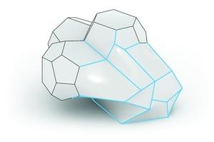 Modifizierte, mehrfach gekrümmte Flächen (blaue Kantenlinien) lassen sich am Computer darstellen, sind in der Herstellung jedoch nicht rentabel. Kostengünstige Materialien sind von Anfang an ausgeschlossen