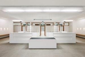 Das Bürgerbüro im Erdgeschoss empfängt seine Kunden an offenen Tresen<br />