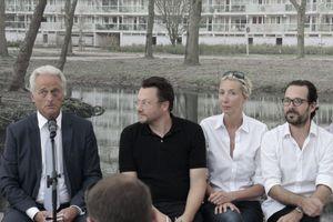 """Kuratoren 2012: Muck Petzet (2. v. l.) mit Konstantin Grcic(r.) mit """"Reduce/Reuse/Recycle"""""""