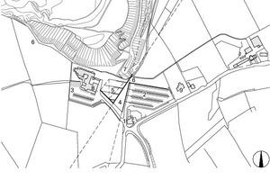 Lageplan, M 1 : 7 500 1Zugang zum Gebäude<br />2Hauptparkplatz<br />3Hotelparkplatz<br />4Grasrampe<br />5Gefaltete Ebene / Grasdach<br />6Kippenkamm / Oberer Küstenpfad<br />7Wendehammer für Busse / unterer Küstenpfad<br />8Causeway Hotel<br />9Schulmuseum