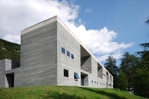 Architekturikone und Therme, in Vals, entworfen von Peter Zumthor. Steht zum Verkauf ... offenbar aber nur an Valser