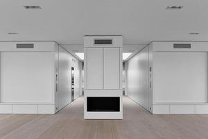 Der großzügige Wohnraum verleiht dem Apartment Loftcharakter