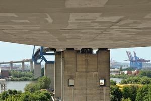 Wie ein Flickenteppich sieht die Köhlbrandbrücke von unten aus, wenn die Instandsetzungsarbeiten abgeschlossen sind