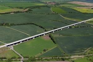 Deutscher Brückenbaupreis 2014, Sieger in der Kategorie Straßen- und Eisenbahnbrücken: Gänsebachtalbrücke bei Buttstädt in Thüringen  (Prof. Dr.-Ing. Jörg Schlaich)