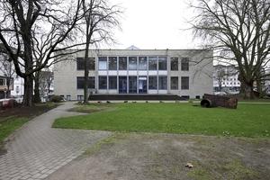 Ehemaliges Museum am Ostwall, von der Parkseite aus gesehen
